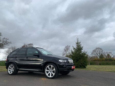 BMW X5 4.8 is S 5dr